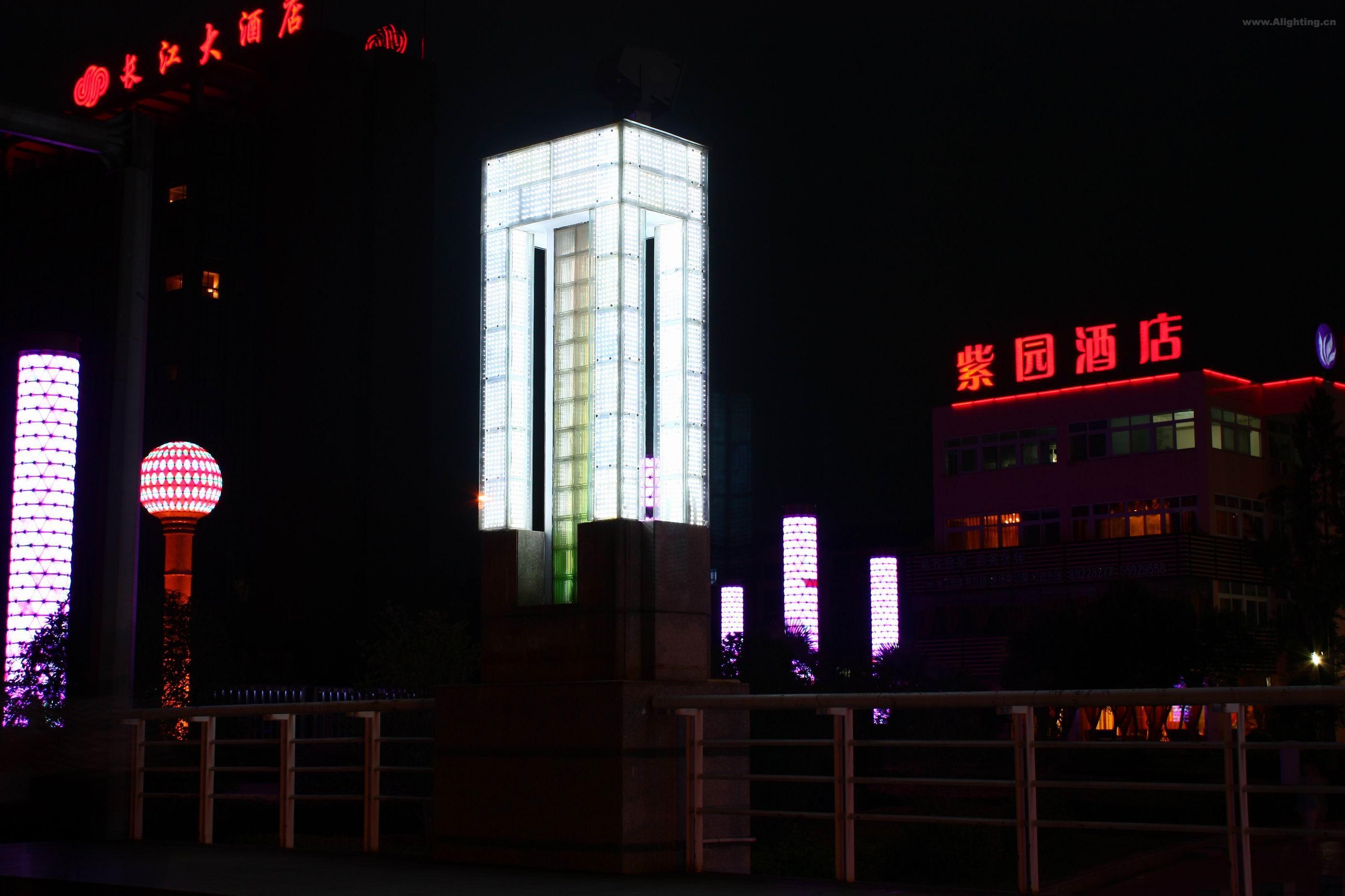 中电发展大厦夜景