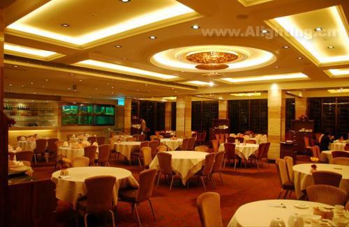 酒店餐厅设计_餐厅设计_酒店餐厅背景墙