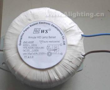 hid路灯电路图(很明显,镇流器的损耗占回路主要损耗)   我公司已经取