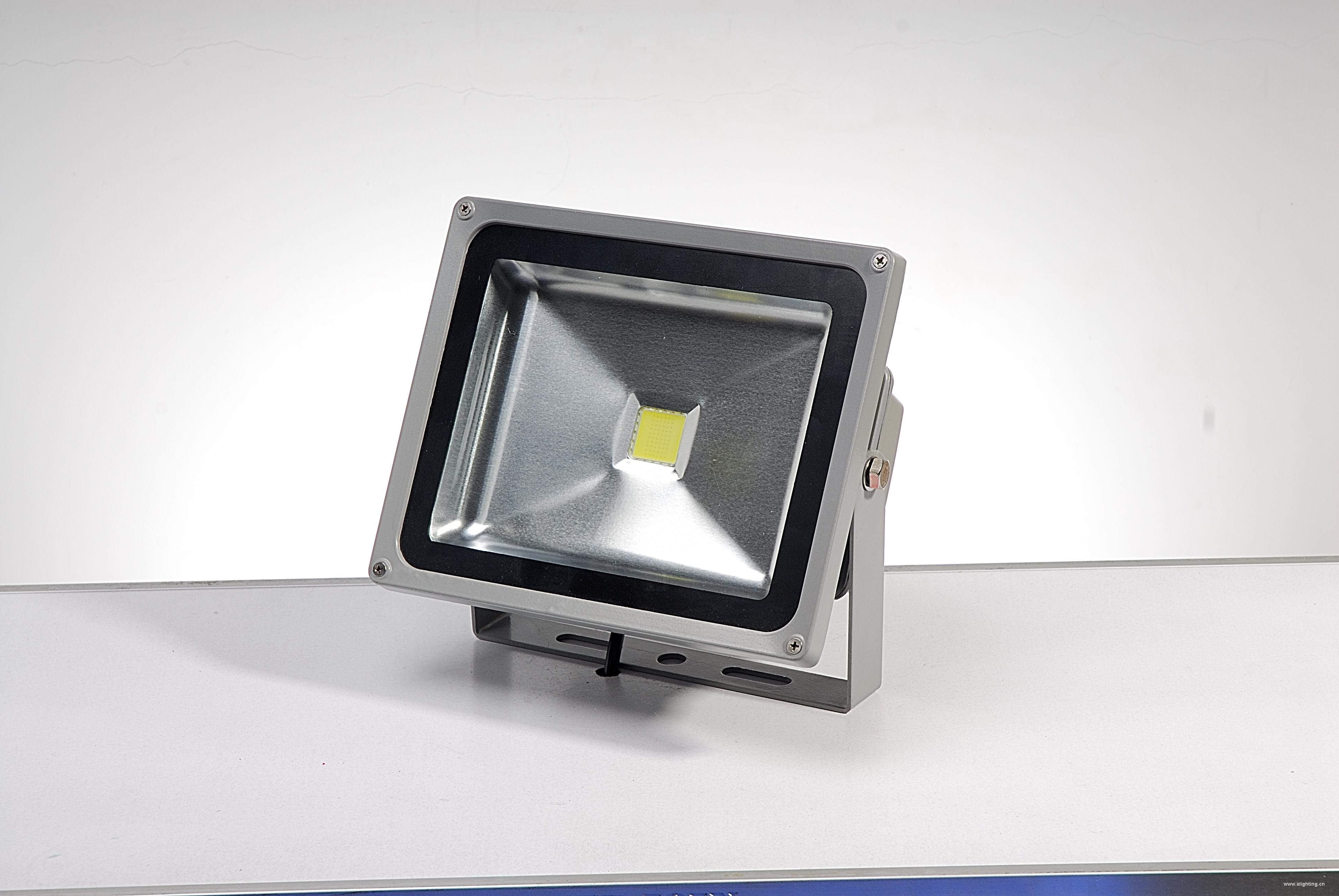 led相框灯安装方法图解