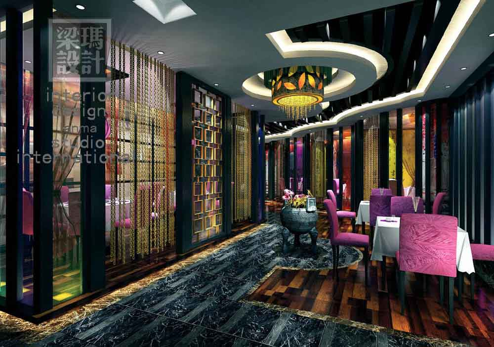 本案位于上海城隍庙附近,悠远历史积累起来的文化底蕴和周边建筑环境相得益彰,优越的商业环境和地域气质让梁玛设计师有了更加深厚的设计源泉,设计师采用了视觉与心理相互辉映的似透非透的处手法,以改变不规则空间所带来的功能布置及动线难以规划的不利因素,设计师观察到周边建筑密集,室内外围建筑物遮挡,为增加自然采光来降低客户对空间产生的压抑感,设计师利用大面积造型玻璃隔断,并对墙面、灯具、家具等进行材质亮化处理,通过多元混搭表现手法及色彩对比效果,以此来进行视线及感观的有机转移。 餐厅分为散座及包房区域,围绕着摩登中式