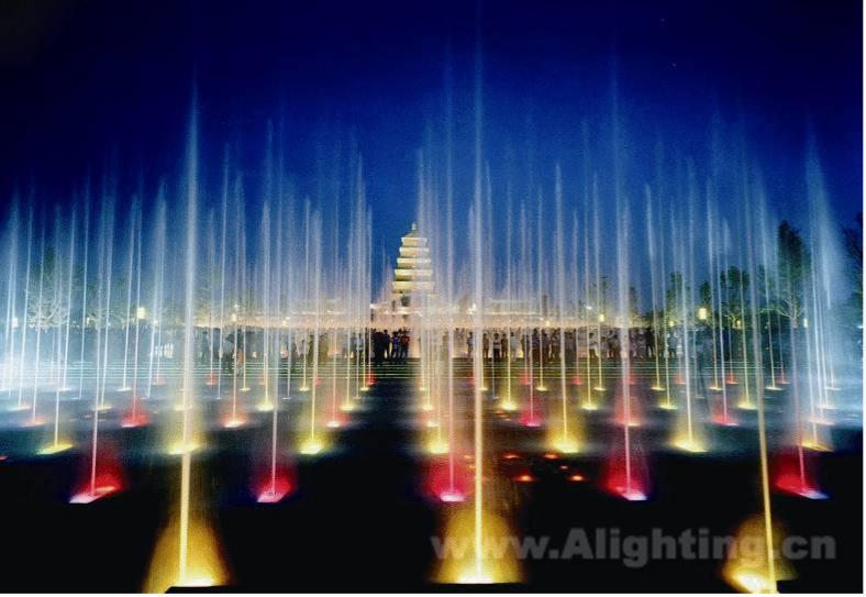 大雁塔北广场堪称西安城市
