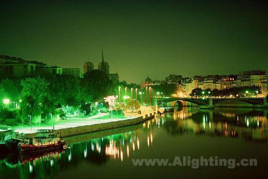 河道夜景效果图