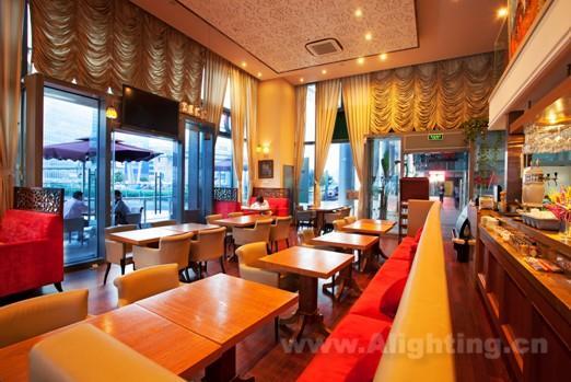 上海欧米亚咖啡馆室内灯光设计