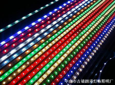 led贴片护栏管 立即询价 led贴片硬灯条 立即询价 220v led贴片灯带