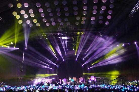 h.e2013世界巡回演唱会台北站舞台灯光设计