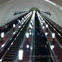 世界上最美的地下宫殿——莫斯科地铁灯光设计