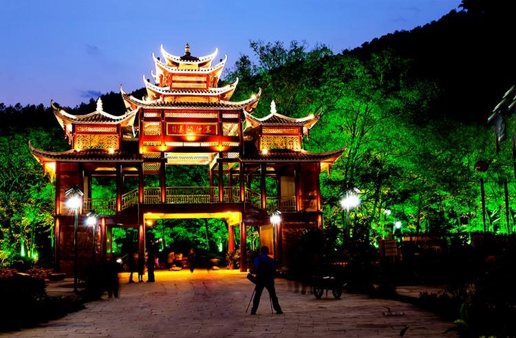 柳州市 寨沙镇/寨沙镇位于柳州市东部,距柳州市69公里,距鹿寨县城30公里,东...