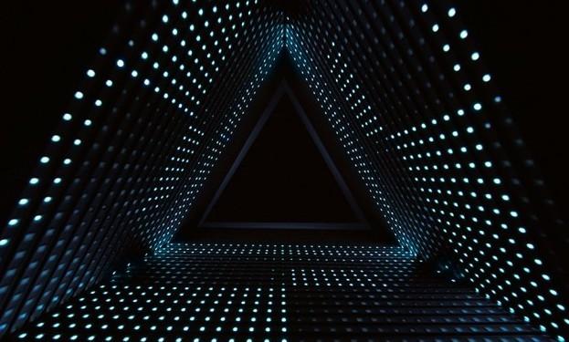 科幻片里灯光照明效果