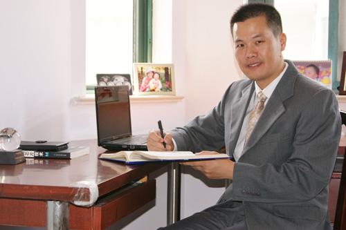 合复新材料科技有限公司董事长,国家千人计划