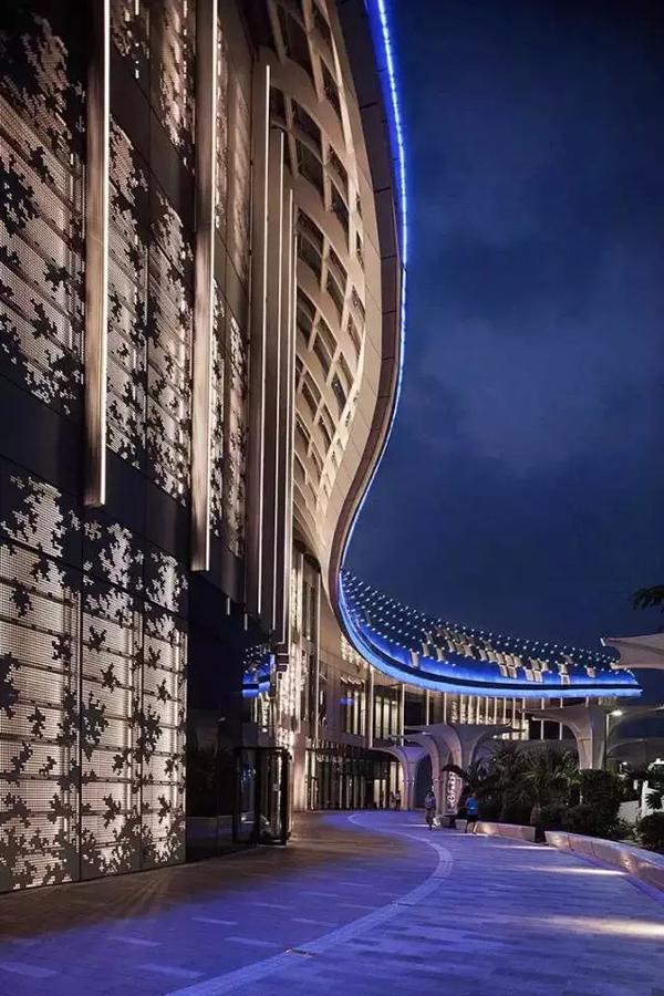 """未来照明""""更多创意设计-顶级购物广场景观照明设计 三亚海棠湾国图片"""