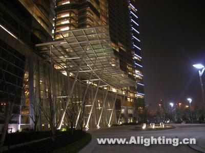 杭州深蓝广场景观照明使用灯具三(组图)
