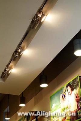 十案例解析服装连锁店照明设计(组图)