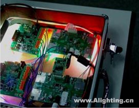 1 单芯片完成dali(或dmx512)数字通讯,模拟电路控制的功能,成本低